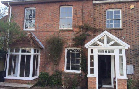 Multiple sash window styles